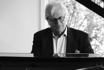 Justus Frantz spielt Chopin. 5.8./19:30/Schlosspark.