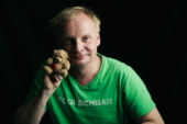 """Biete: 2 Eintrittskarten """"Heimatstunde"""" mit Uwe Steimle"""