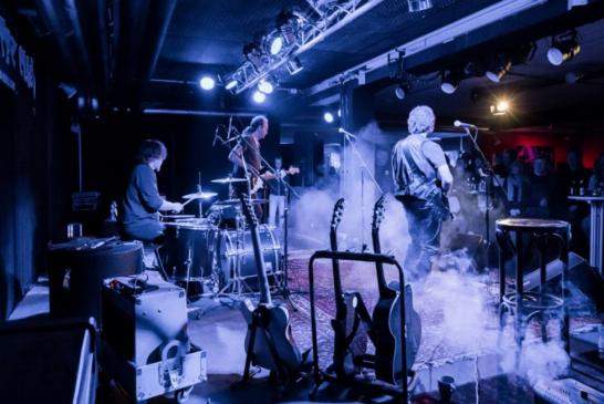 CLIFF STEVENS & BAND live