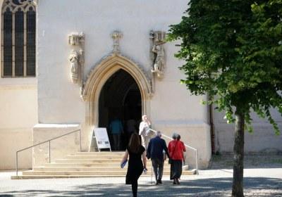 zur Michaleliskirche