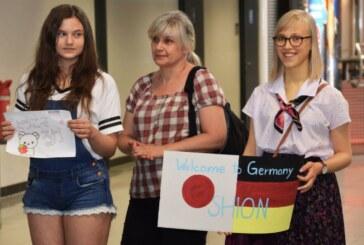 Freudiger Empfang japanischer Gäste