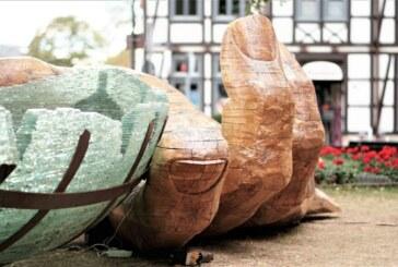 Holzkunst, Fledermäuse und mehr. Naturschutz in der Elsteraue