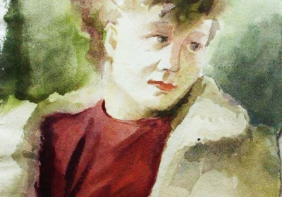 Frau mit roter Bluse