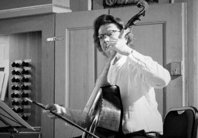 Virtuose an der Viaola da Gamba