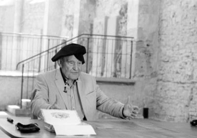 Luther Brecht und Frisch am Tisch
