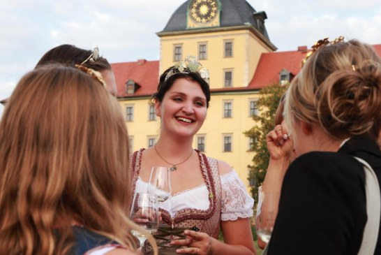 Zeitzer Weinfest und musikalischer Autoherbst